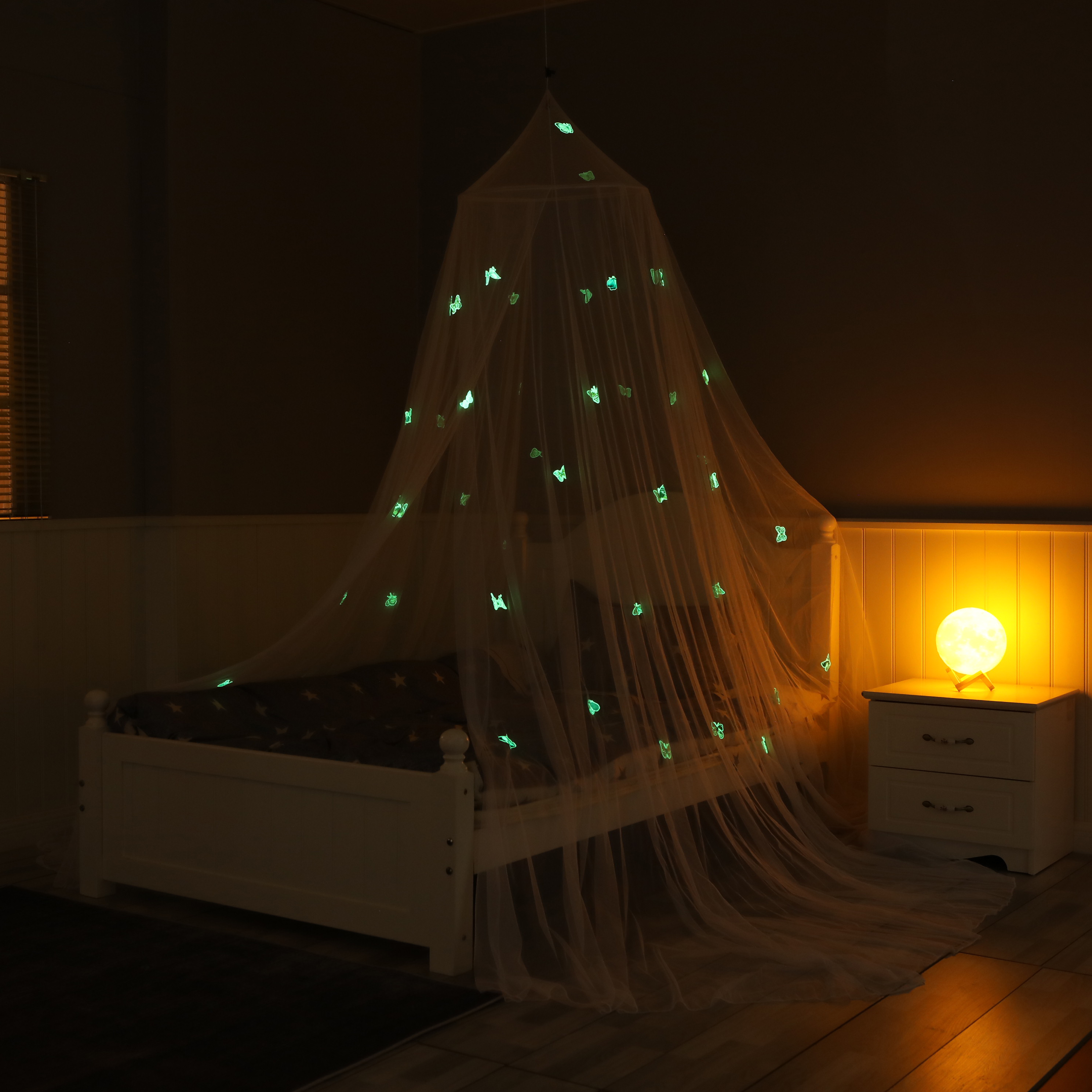 New Design Home Decoration Bed Cot Growing In The Dark Luminous Butterfly Mosquito Net