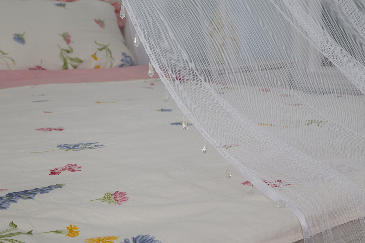 Conical Beads Bed Canopy Foldable Mosquito Net For Easy Setup Use For Decoration Or Anti-insects