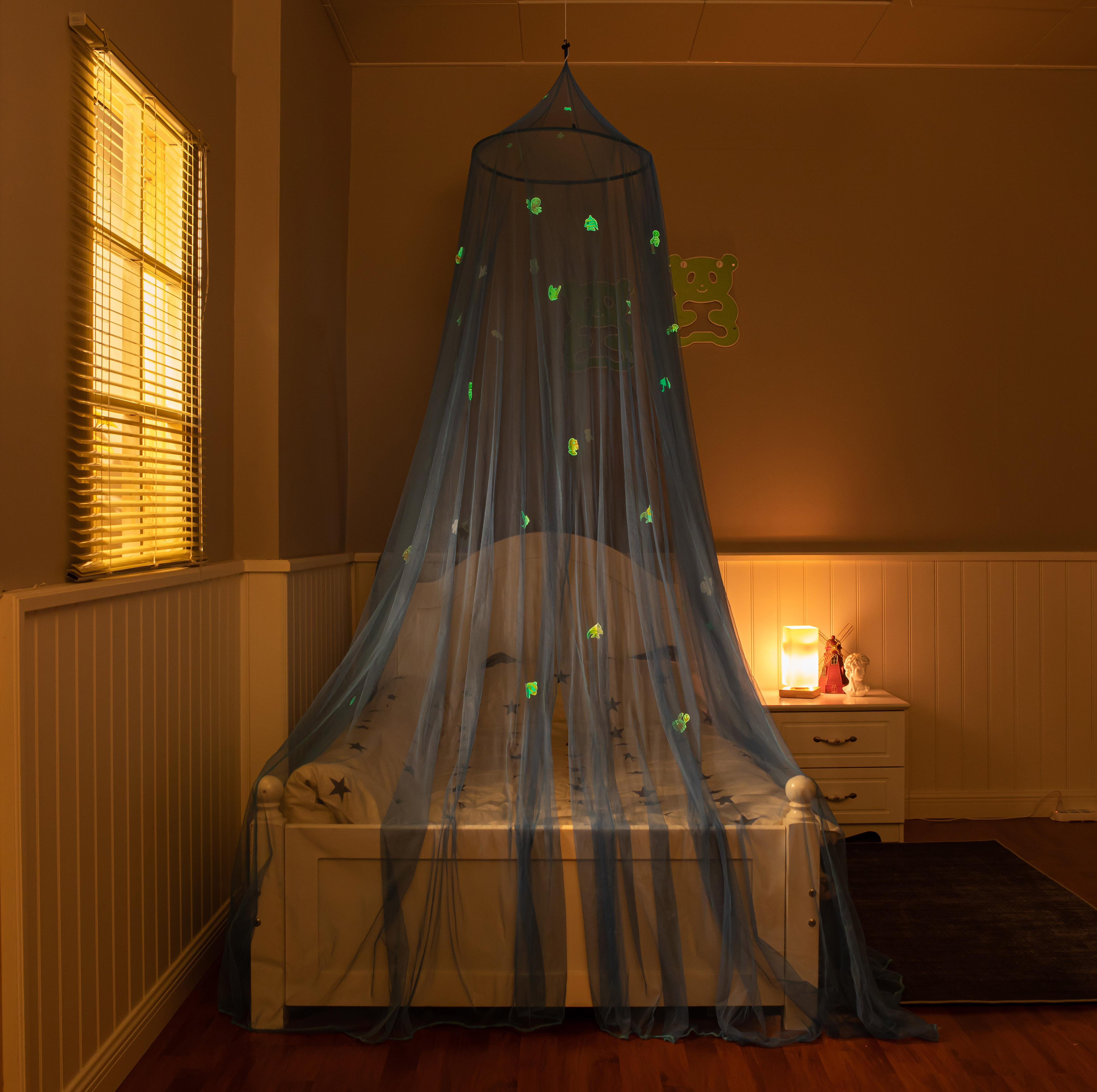 2020 New Product Glowing In The Dark Blue Ocean Hanging Folding Mosquito Net